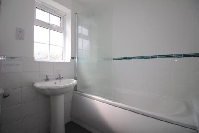 11 - 8 GC - Bathroom