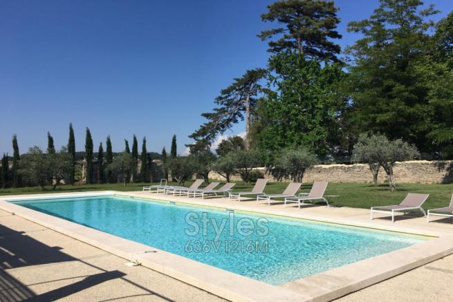 16 Bedroom Stone House For Sale In Uzes Languedoc
