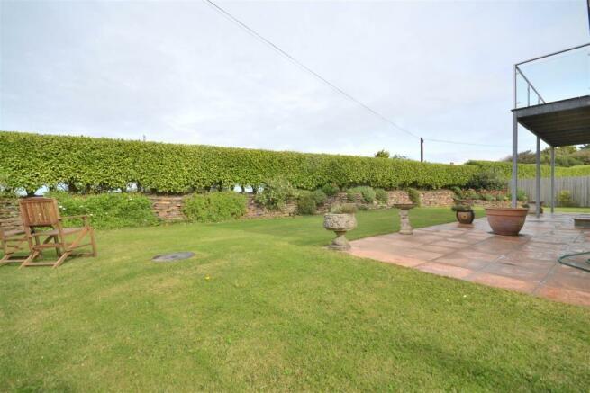 Rear garden and patio.JPG