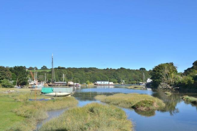 Gweek waterside nearby 1.jpg