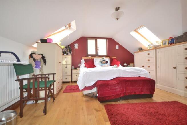 Bedroom Five with En Suite Bathroom