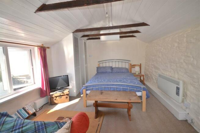 Bedroom -Annexe