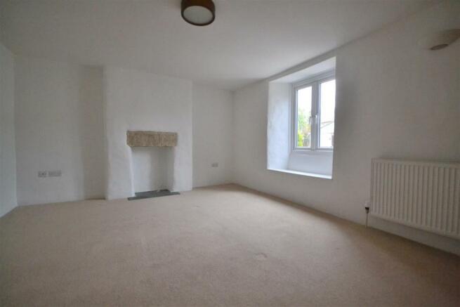 Sitting Room Bedroom 4 aspect.JPG