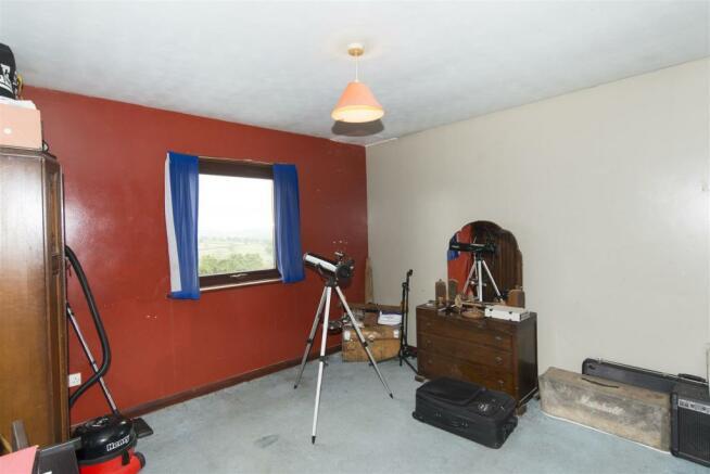 bedroom-one-DSC_6075