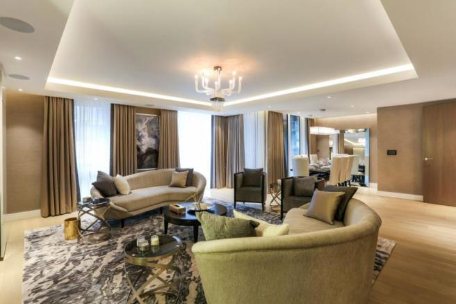 3 Bedroom Apartment To Rent In Meadows House Chelsea Creek London - Excellent-3-bedroom-london-apartment-in-chelsea-area
