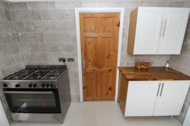 23 pringfield Kitchen 3