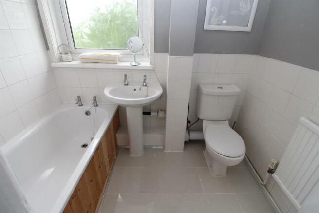 23 Springfield Bathroom