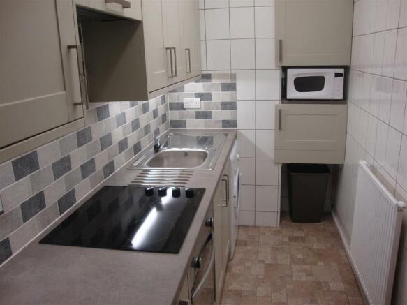 1 Palatine kitchen.JPG