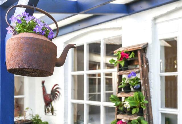 Tea Garden Detail.jpg
