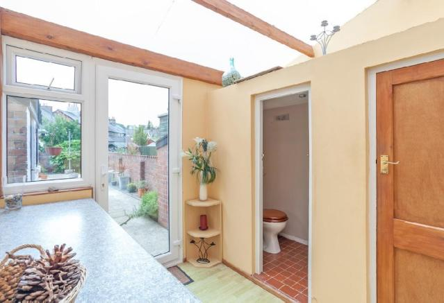 Utility Room 1 with