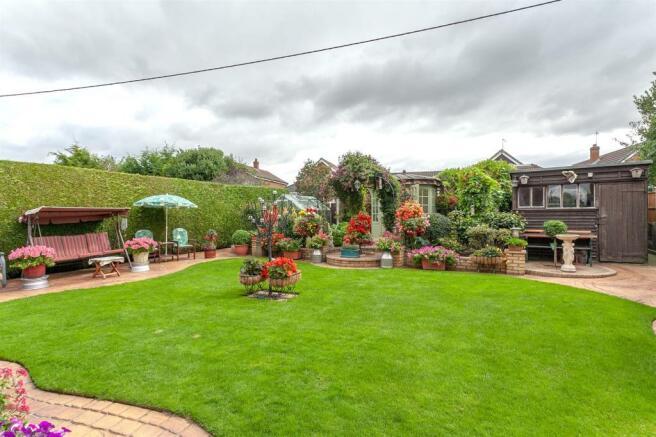 Garden 11.jpg
