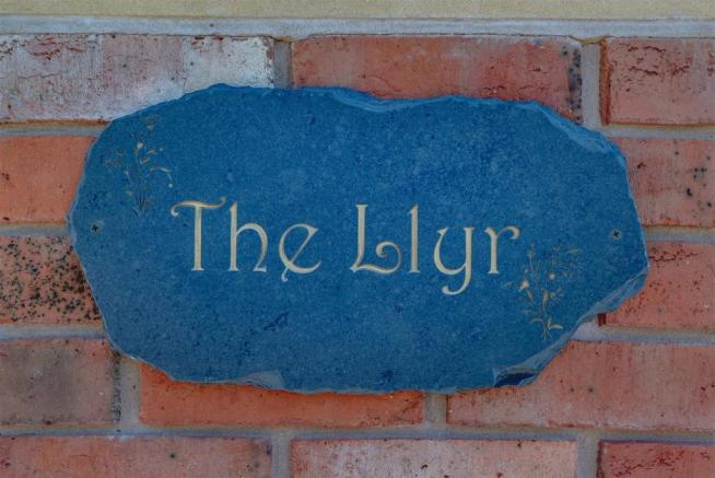 The Llyr, Llanyre-7.jpg