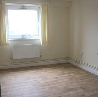 Vittoria Court bedroom
