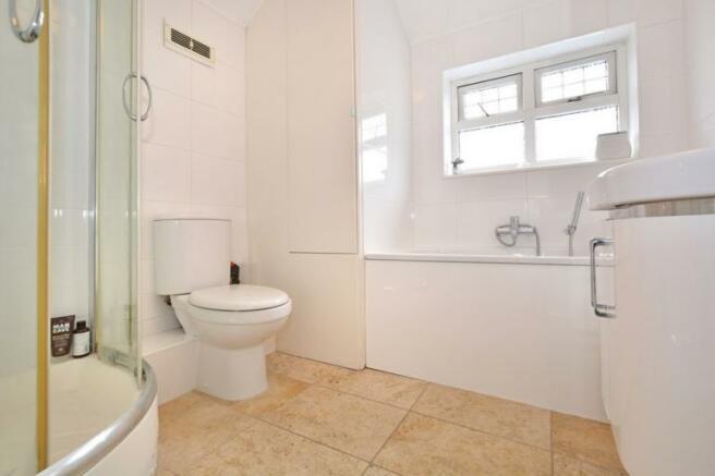 Bathroom & Shwoer