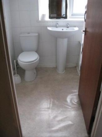 Nice Large Bathroom