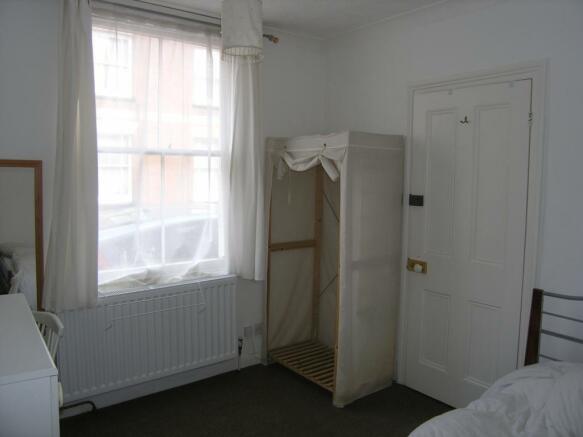 5_Vernon_Close_bedroom3.jpg