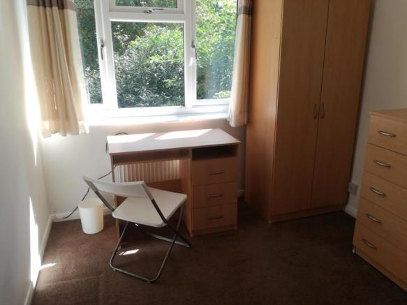 Double room, back of house,  £455 per month inc