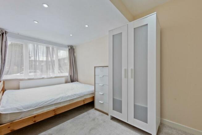 11Bedroom2LR.JPG