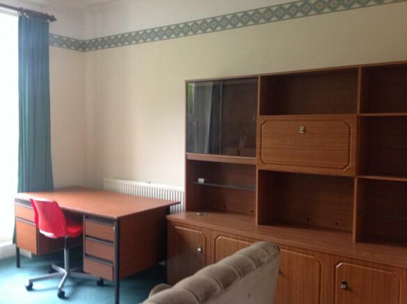 VP room 1 (5).JPG