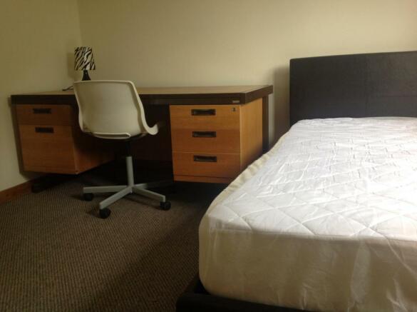 vp room 2 (3).JPG