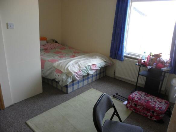 Bedroom2-2TR.jpg