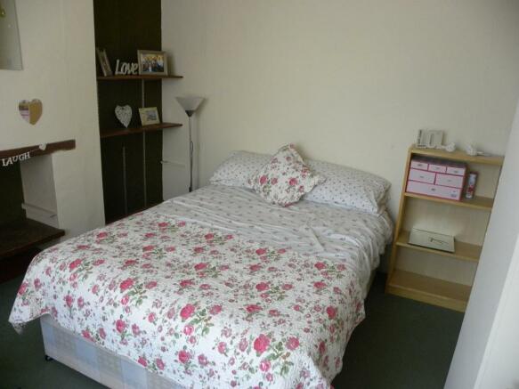 Bedroom3-2TR.jpg