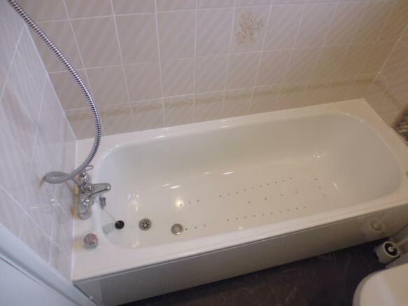 Bath a.jpg