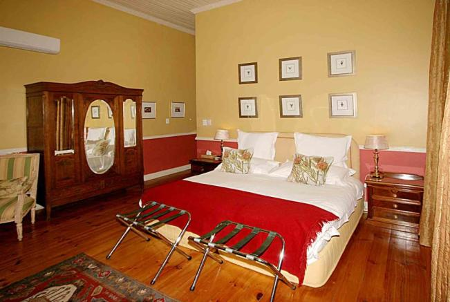 Luxury bedroom 3