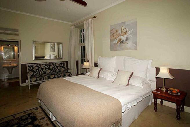 Luxury bedroom 6