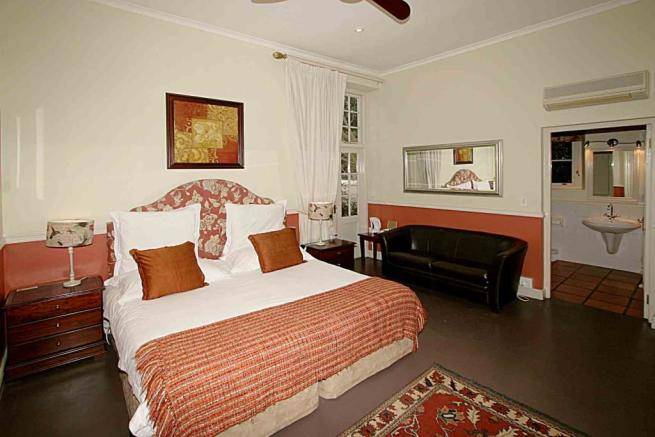 Luxury bedroom 8