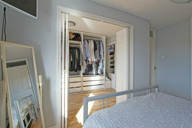 Master Bedroom Le...