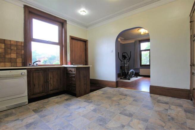 Bedroom / Kitchen