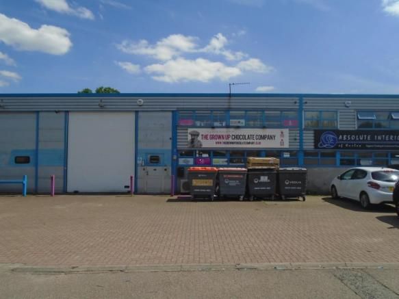 Warehouse To Rent In 3 Capital Place Harlow Essex Cm19 Cm19