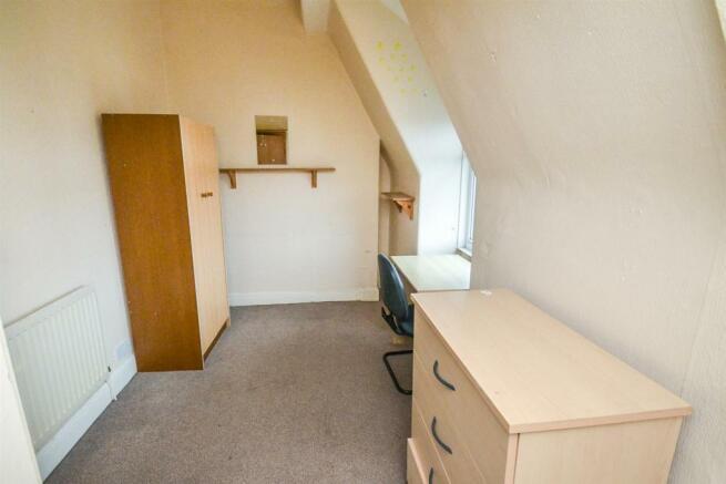 Second floor rear bedroom