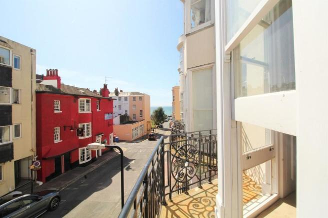 4 Bedroom Maisonette For Sale In Bedford Place Brighton