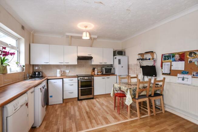 Kitchen/Breakfast Room 2
