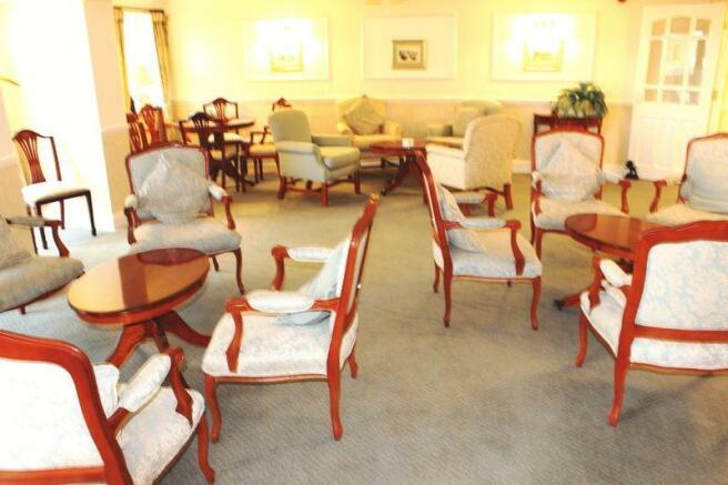 Communal Lounge2