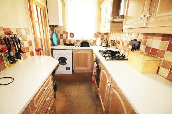 15 oddy street kitchen.jpg