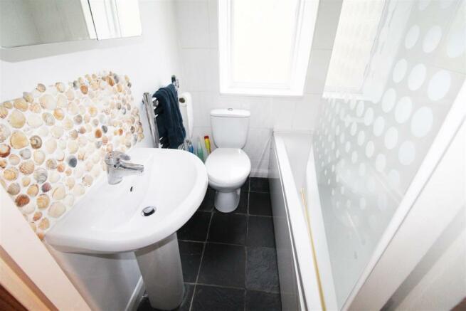 Wibsey bathroom.jpg