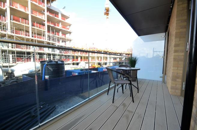 Show Apartment Balcony