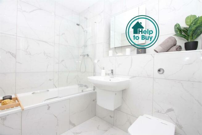 Show Apartment Bathroom