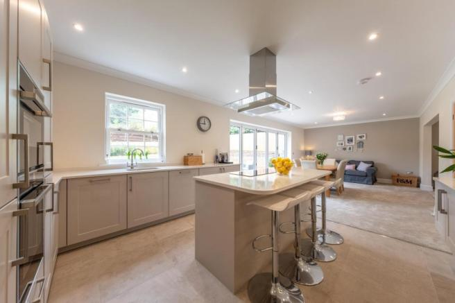4 bedroom house for sale in 4 bedroom House Detached in