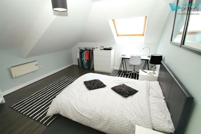 Bedroom overview.jpg