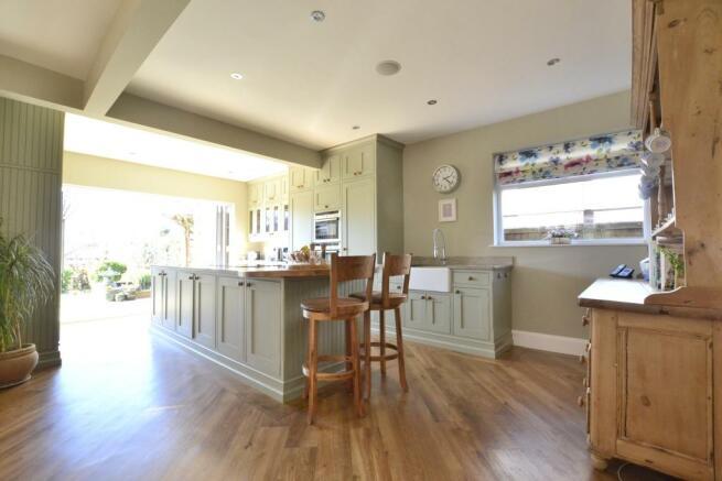 Kitchen/Dinging Room