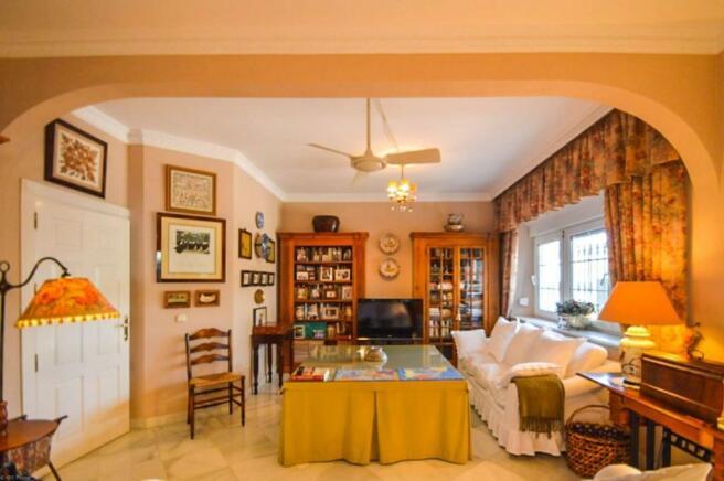 2nd living room-2