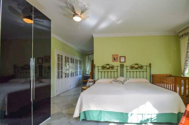 Bedroom n2-2