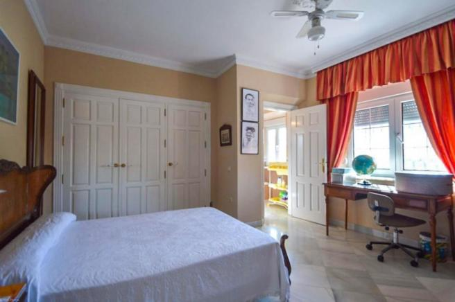 Bedroom n3