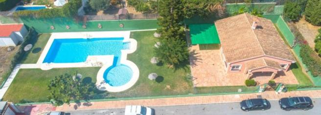 Club house & pool-2