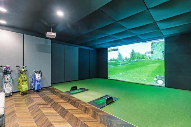 Virtual Golf.jpg