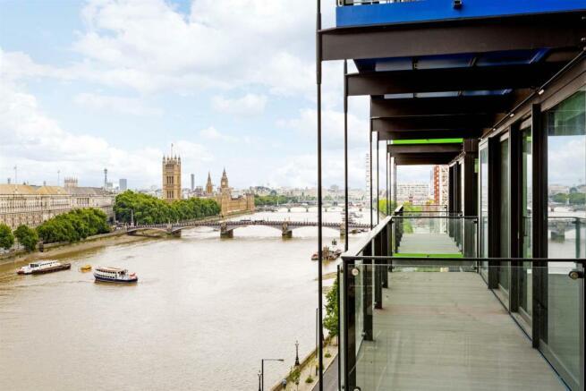 Balcony (5).jpg